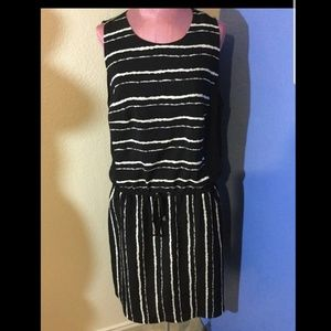 Vince Camuto Dresses - Vince Camuto Black White Striped Waist